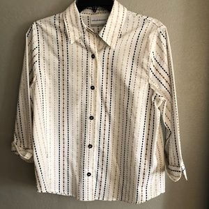 Women's Alfred Dunner size 8P blouse